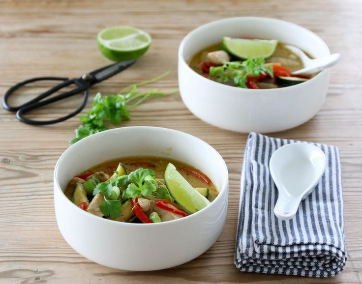 Grønn currysuppe med kylling, kokos og squash