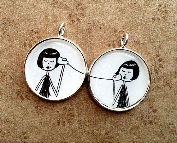 Adorable! May have to get these for me and my Bestie!: Bff Necklaces, Weekend Bags, Gifts Ideas, Best Friend Necklaces, Best Friends Necklaces, Friends Pendants, Pendants Sets, Friendship Bracelets, Birthday Gifts