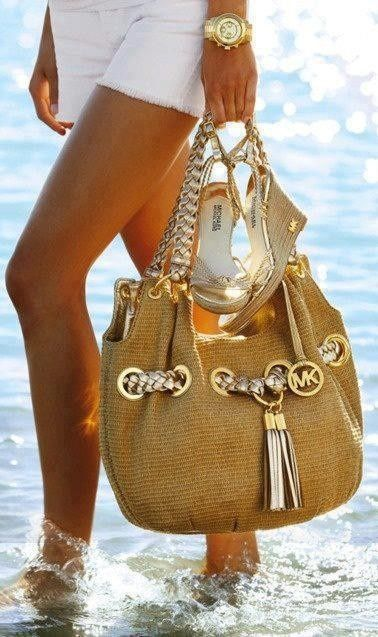 Christianmas outlet,michael kors bag outlet,vist this site,big discount