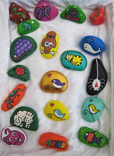 rock painting crafts (I did this with my nephew n he loved it)