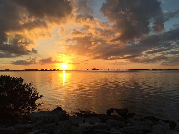 Every day is picture perfect and this is what the sunset looks like, Dunedin, Florida. Please visit homebyhollyboutique.etsy.com for all of your beach bag needs!!