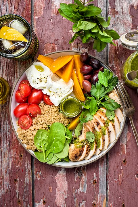 INGREDIENTS BY SAPUTO | Here's a nutritious recipe idea filled with great ingredients: grilled chicken, quinoa, baby spinach, beets, tomatoes, olives and Saputo Mozzarina di Bufala mozzarella cheese. It's just the thing for a healthy meal to take on your next hiking trip.