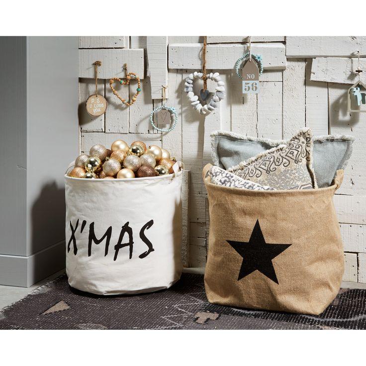 Vul deze manden met leuke winterse spullen en je hebt meteen een leuk deco hoekje! #Kerst #woonkamer #kwantum #interior