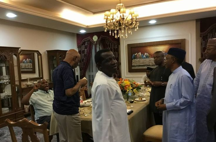 Minister Of Transportation, Rotimi Amaechi Hosts Top Political Figures In His Abuja Residence