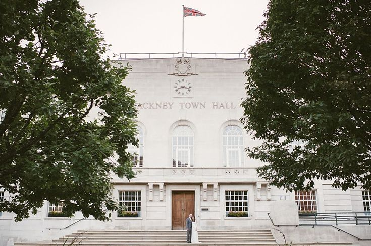 Hackney Town Hall Wedding // Wedding Photography #weddingphotography #hackneytownhall #wedding