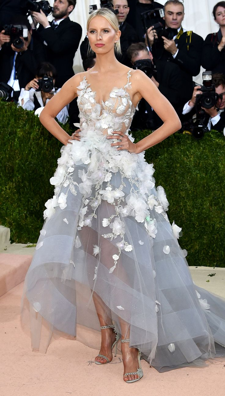 2016 Met Gala Marchesa                                                                                                                                                                                 More