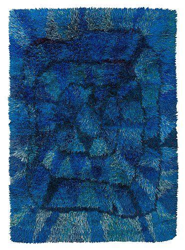 """""""Blå månen"""". Rya. 252 x 177 cm. Komponerad av Viola Gråsten 1949, NK Textilkammare."""