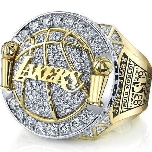Los Angeles Lakers NBA Basketball Championship Ring for Sale Click Bio to Buy…