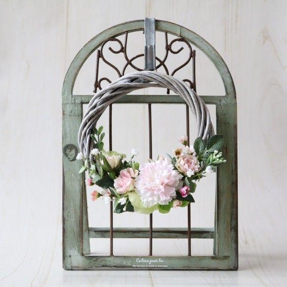 母の日に♪置いて飾れるアンティークリース<グリーンスタンド>|フラワー・リース|Heartstrings|ハンドメイド通販・販売のCreema
