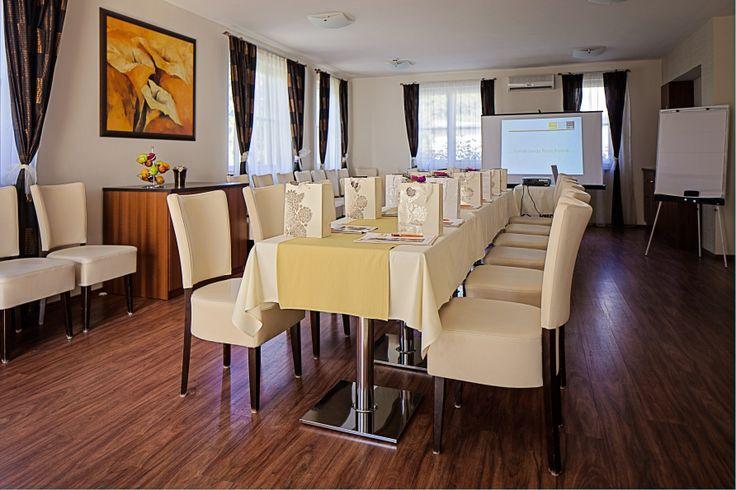 meeting room @Hotel_Lajta_Park Address: 9200 Mosonmagyaróvár Vízpart utca 6 www.hotellajtapark.hu info@hotellajtapark.hu