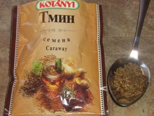 Монгольский рецепт лечения ангины, дошедший от предков - степных скотоводов. Вот что надо сделать: 0, 5 стакана размолотых в кофемолки зернышек тмина заливаем 1 стаканом воды и мы кипятим 15 минут. По...