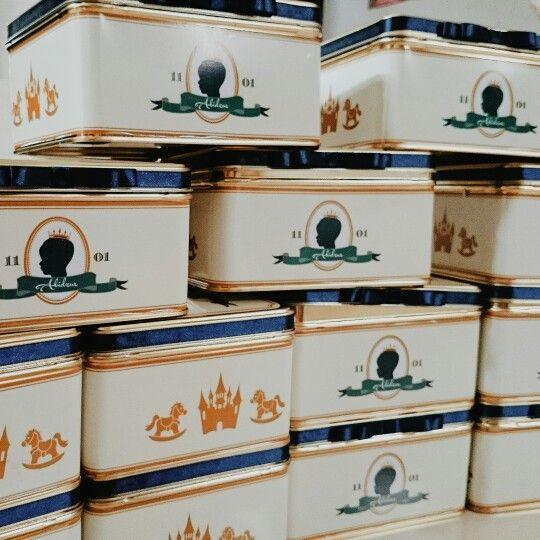 Hampers tin box