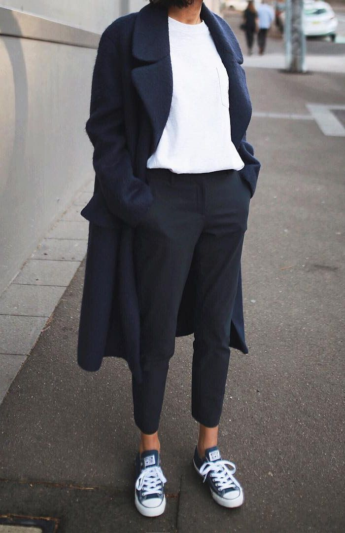 street style - black trousers, white top, black coat, all stars (fall - winter)