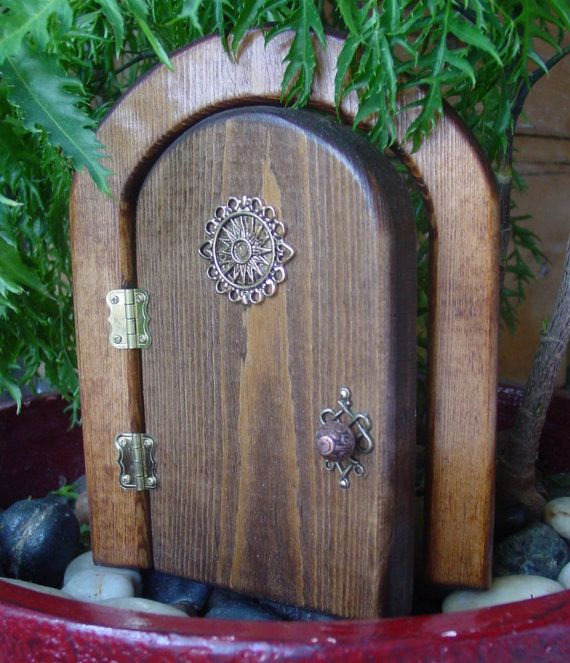 Hey, I found this really awesome Etsy listing at https://www.etsy.com/listing/105886076/opening-celestial-fairy-door