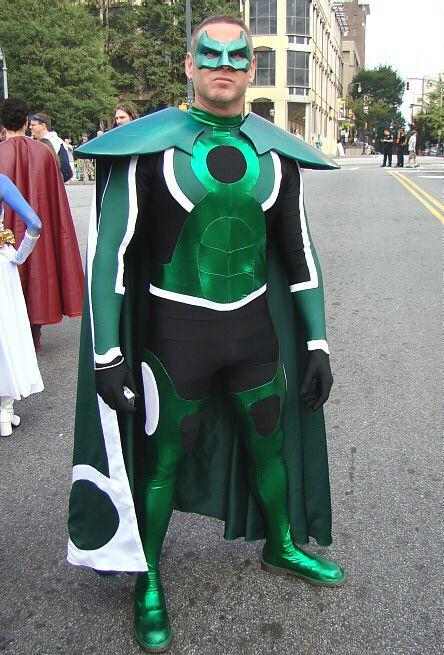 Green Lantern. View more EPIC cosplay at http://pinterest.com/SuburbanFandom/cosplay/...