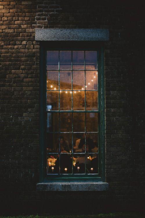 cosy indoors - Elorablue
