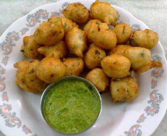 Chettinad Masala Paniyaram Paniyarams are a popular dish in South India often served as breakfast items or evening tiffins.