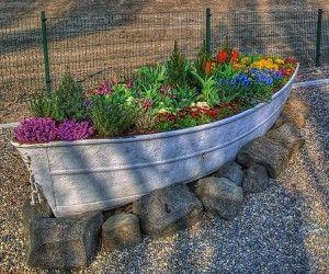 Oto ciekawy sposób na rabatę kwiatową :) diy flowers garden idea stone