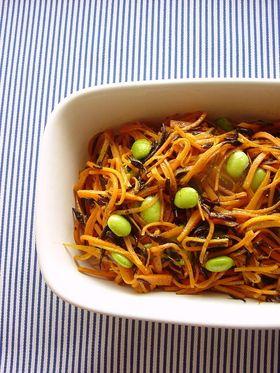 ニンジンとひじきのカレー風味常備菜。