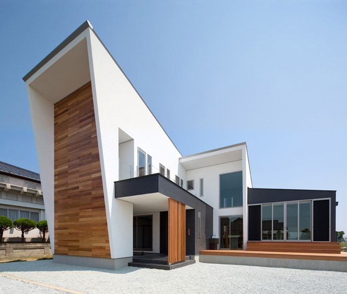 Modern Japanese Home by Masahiko Sato