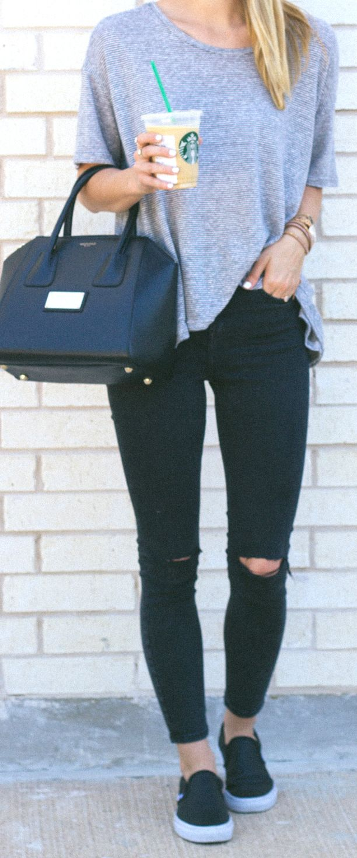 skinny jeans + vans / LivvyLand http://fancytemplestore.com