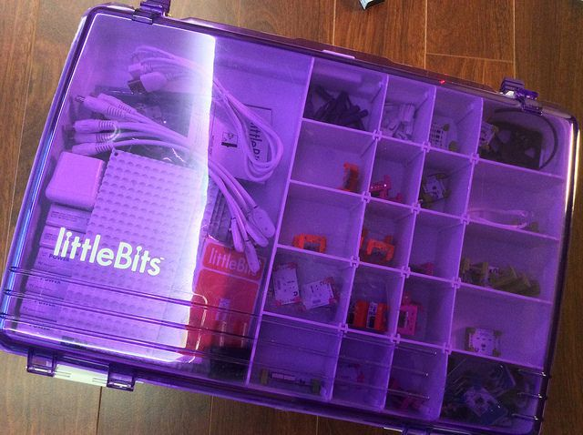 LittleBits 워크샵 키트 구입하다! (2014.08. 07) - 100 bits(modules)