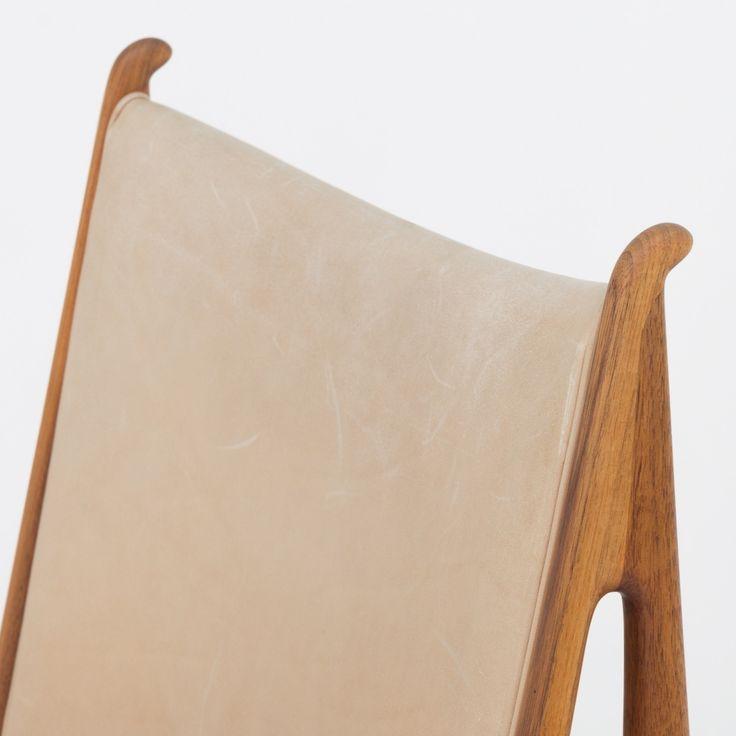 Egyptian chair in walnut