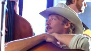 Alan Jackson – Little Bitty   country music videos and song lyrics http://www.countrymusicvideosonline.com/