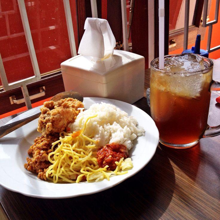 Nasi Campur @Warung Makan Madiun Balikpapan - East Kalimantan Indonesia