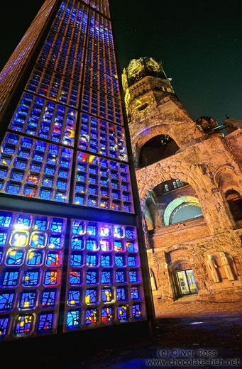 Gedächtniskirche, Berlin, this is my most favorite sopt in all of Berlin. So lovely at night. So meaningful.