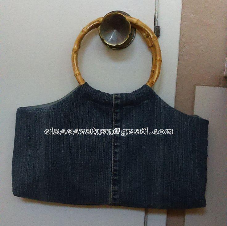 Bolsa de mano, reciclando un pantalon de mezclilla