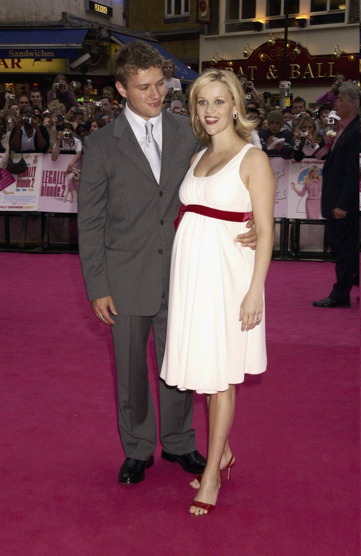 Pin for Later: You'll Love Seeing Excited Stars Show Off Their Baby Bumps Reese Witherspoon