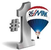 RE/MAX Platinum - Taura Hogan  409-988-9188