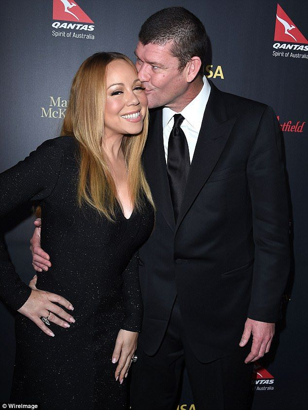 'He¿s going to have his team reach out to her to ask for it': Untrue claims James Packer 'wants Mariah Carey to give back $12.7 million engagement ring'