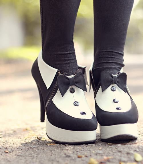 these tuxedo booties are just too cute