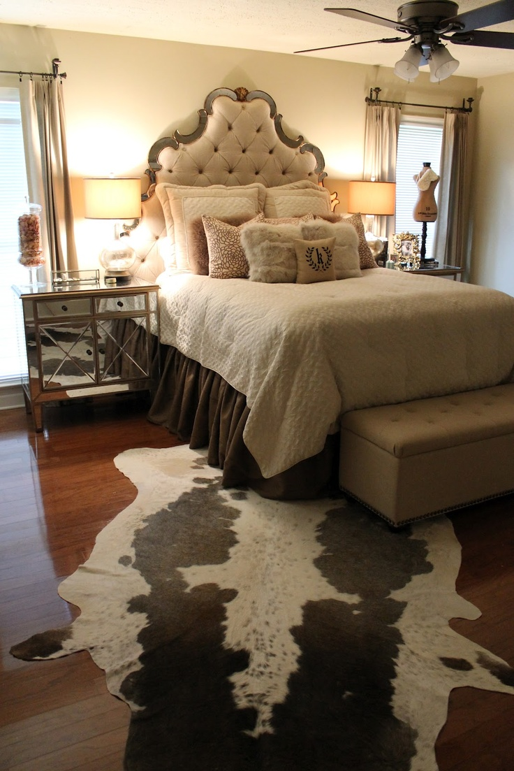 Love this room  The rug though  Not so much54 best Hollywood glamour bedroom home images on Pinterest  . Hollywood Glamour Bedroom. Home Design Ideas