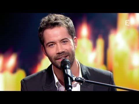 """Emmanuel Moire chante le single """"Venir Voir"""" en piano-voix sur le plateau de l'émission """"Le Grand Show de Serge Lama"""", diffusée le 22 Mars 2014 sur France 2."""