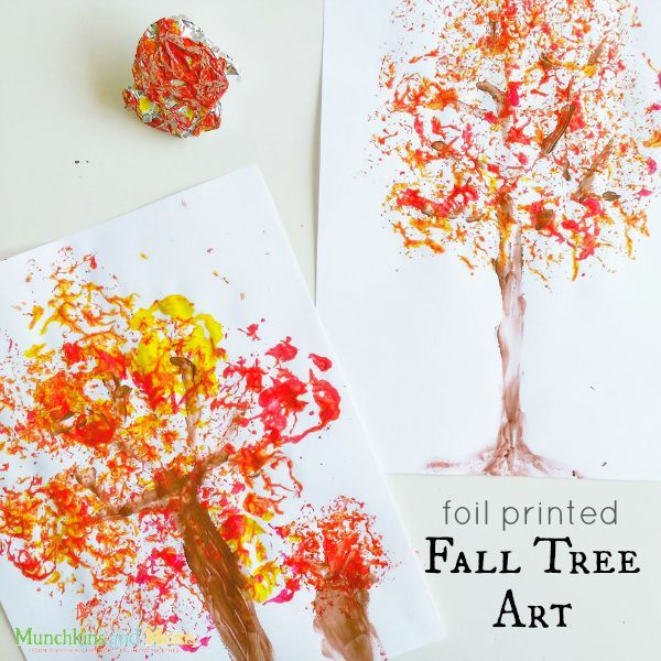 Foil printed fall tree art- a great project for preschoolers!