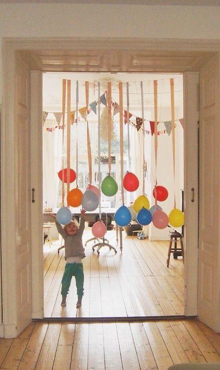 Singer met ballonnen, ook leuk voor een raam
