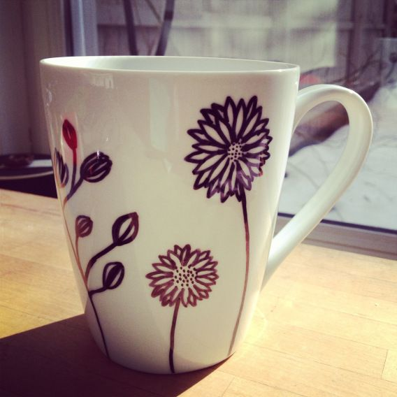 easy diy craft decorating coffee mugs video videos. Black Bedroom Furniture Sets. Home Design Ideas