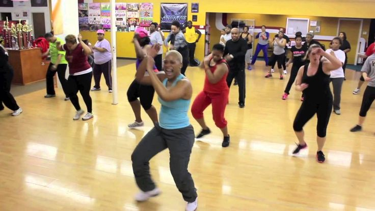 Hip-Hop Zumba 15min Burn 200 Calories in 15 min i wish i could go to her class this is super fun!