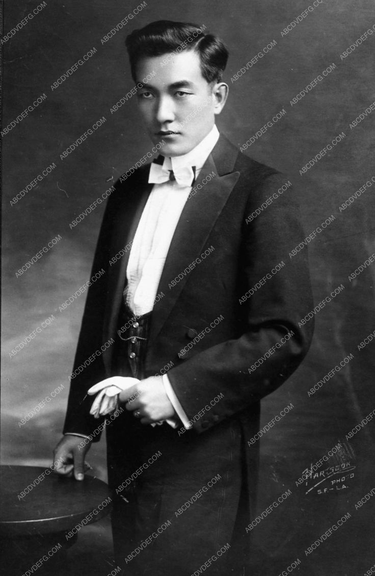 photo stylish portrait Sessue Hayakawa c 1920 in tuxedo and tails 1189-21
