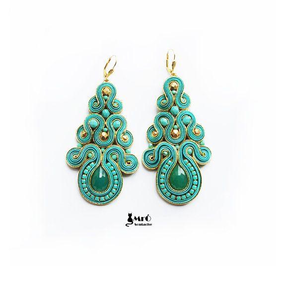 Turquoise and gold large beautiful earrings por MrOsOutache en Etsy, $70.00