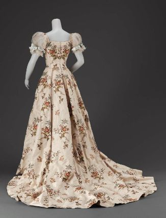 Designed by Jean-Philippe Worth for  House of Worth circa 1902 made from Silk plain weave (faille), brocaded with silk and gold and silver metallic yarns, bodice trimmed with machine-made net and silk satin ribbon.