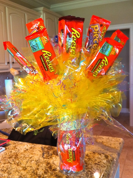 how to make a candy bar cake bouquet