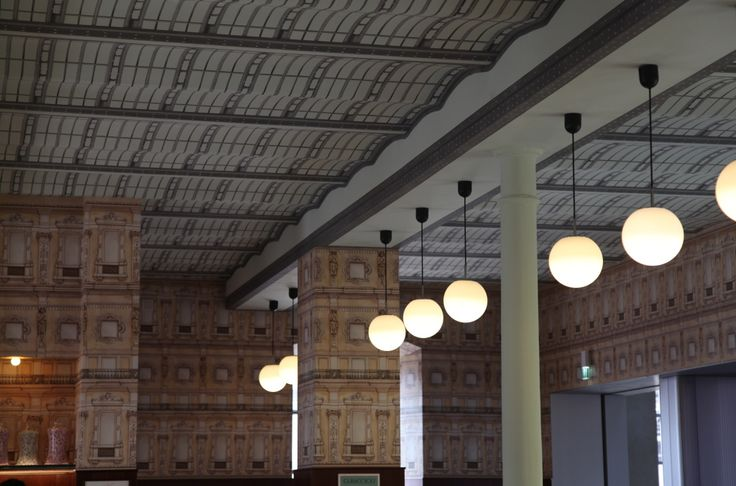 fondation prada bar luce milan design cineaste wes anderson