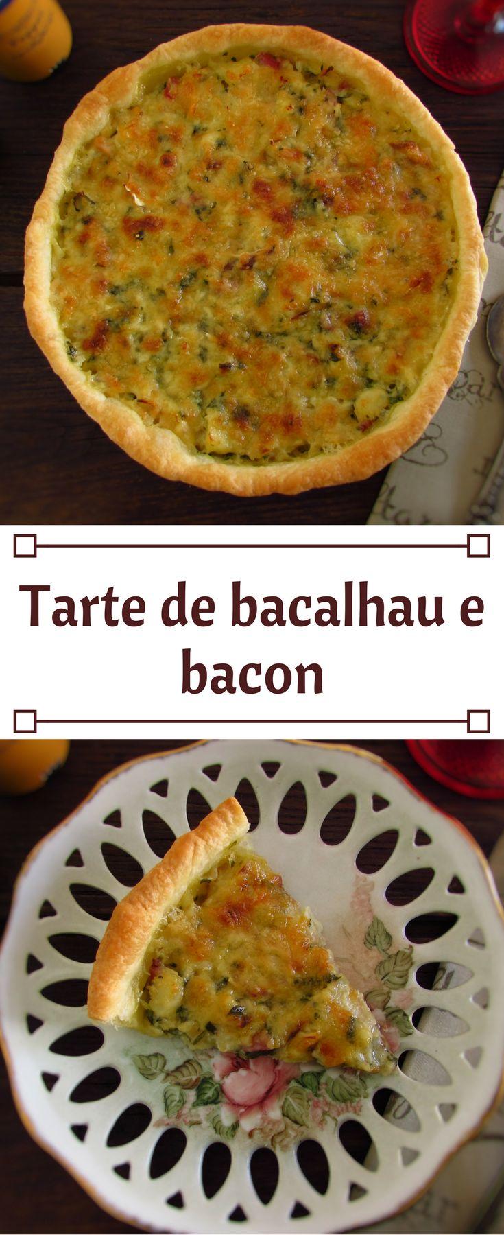 Tarte de bacalhau e bacon | Food From Portugal. Vai receber amigos em casa e quer preparar um jantar diferente? Prepare esta deliciosa tarte de bacalhau e bacon! Vai surpreender os seus amigos com esta receita bastante saborosa e agradável! #tarte #receita #bacalhau #bacon