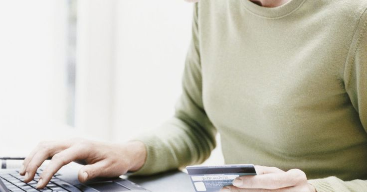 Cómo hacer un pago en línea a MetroPCS. MetroPCS es un proveedor de servicios de telefonía celular que ofrece sus prestaciones a clientes de todo el país. De todos sus servicios, uno de los más convenientes es la posibilidad de hacer los pagos mensuales en línea utilizando el sistema de pago de facturas. MetroPCS acepta todas las tarjetas de crédito y débito para realizarlo.