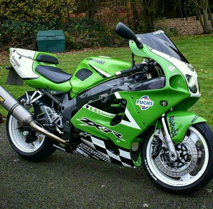 Motorbikes Amazing Pictures
