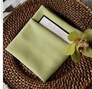 アジアンリゾート風の落ち着いた風合い♡ グリーンのメニュー表まとめ。センスがいい結婚式のメニュー表一覧。